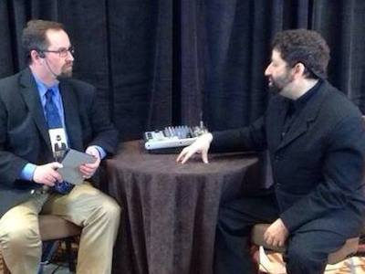 Derek Gilbert and Jonathan Cahn at the 2014 Orlando Prophecy Summit